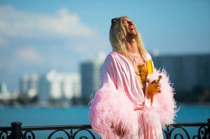 <h4>IndieLisboa 2019 anuncia vagabundos, exilados e Brasil a rodos Cinema PÚBLICO</h4><p>Matthew McConaughey em The Beach Bum – A Vida numa Boa</p>