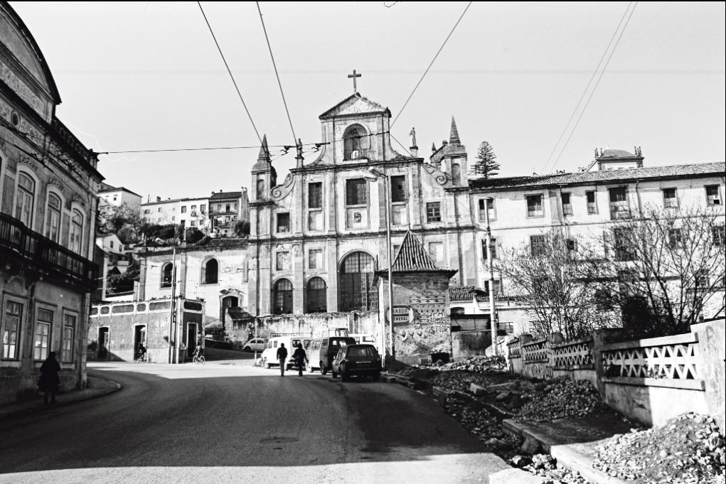 <h4>Fabrica Coimbra</h4><p>Fábrica de Lanifícios em Santa Clara em idos dos anos 1970. Fonte: Arquivo Particular Pedro Planas Meunier</p>