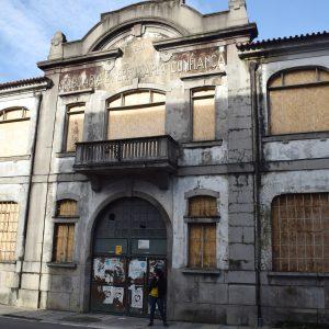 Among ruins and imaginary: Confiança, Sarotos and Torneiras Império