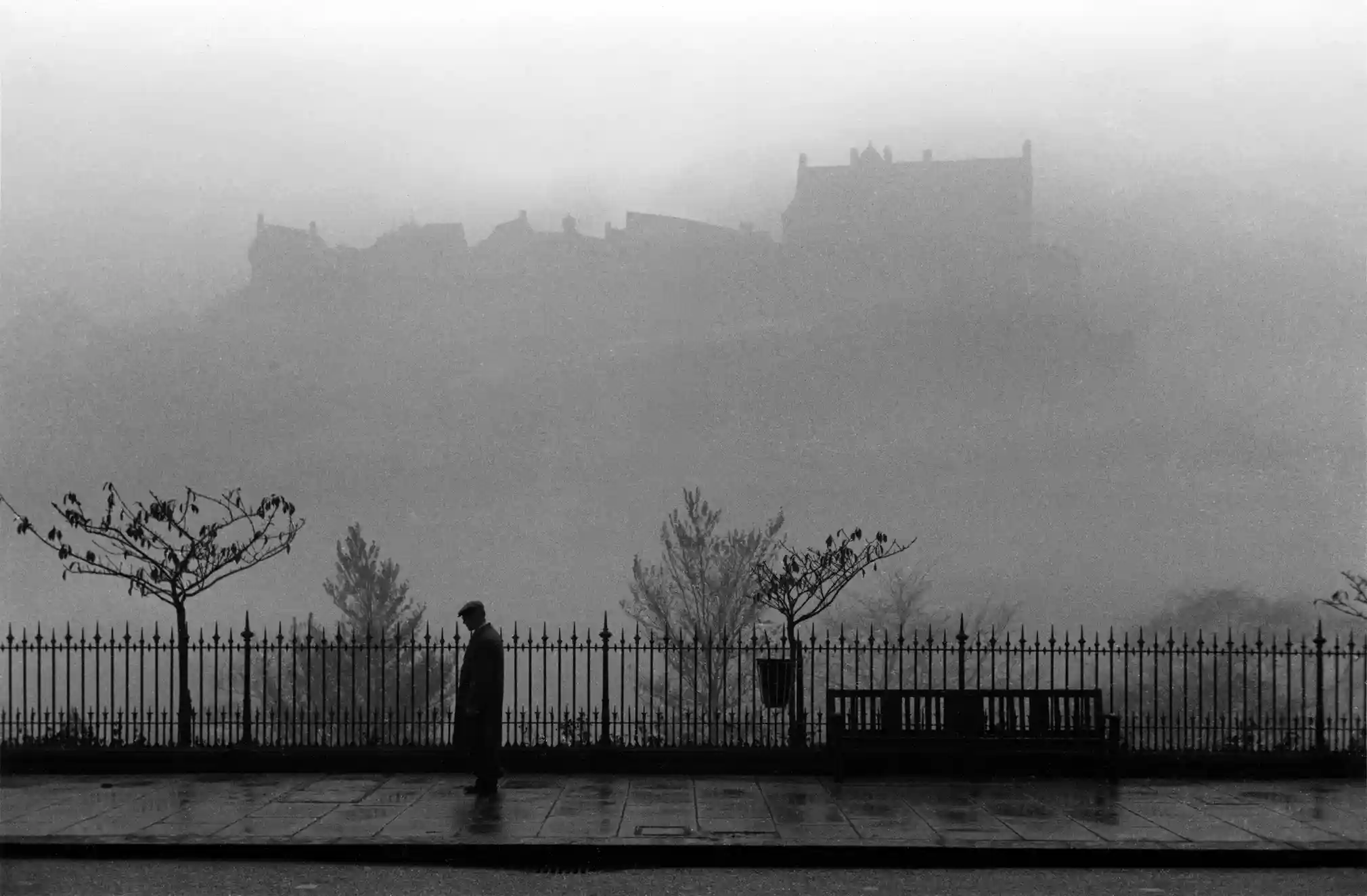 Blomfield's photography retrieved from The Guardian | https://www.theguardian.com/artanddesign/gallery/2021/feb/23/vintage-photographs-edinburgh-in-pictures-robert-blomfield-photography